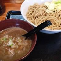 つけ麺のお店澤神(サワガミ)新中野から徒歩5分。こってりスープにもちもち太麺が美味しいー