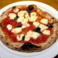 人形町駅、水天宮前駅からすぐ!もちもち窯焼きピザがおすすめのイタリアン、ラ セコンダメーラ !