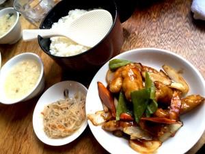 白身魚の黒酢炒め