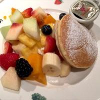 旬の美味しいフルーツをたっぷり楽しみたい方にオススメのスイーツ店!果実園、東京店。東京駅内でアクセスもしやすい♪