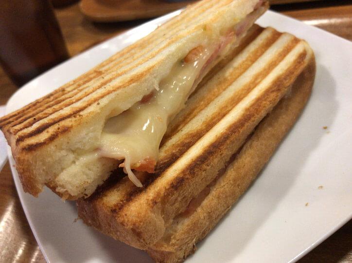 ベコンチーズ