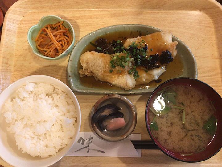 白身魚の唐揚あんかけソース